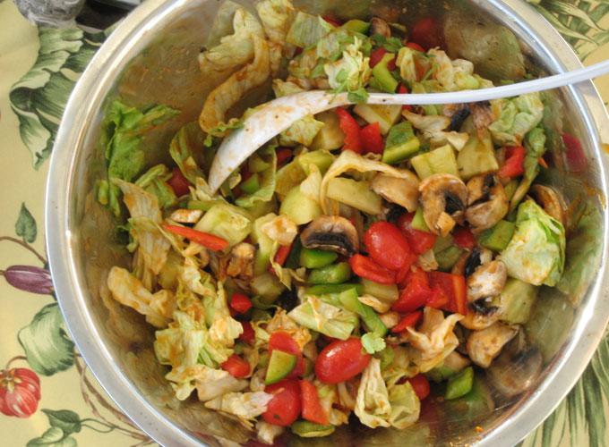 Eight Vegetable Salas